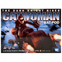 Catwoman with Batpod Superhero Model Kit